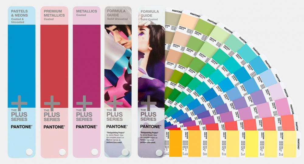 Pantone%26reg%3B+Plus+Solid+Guide+Set